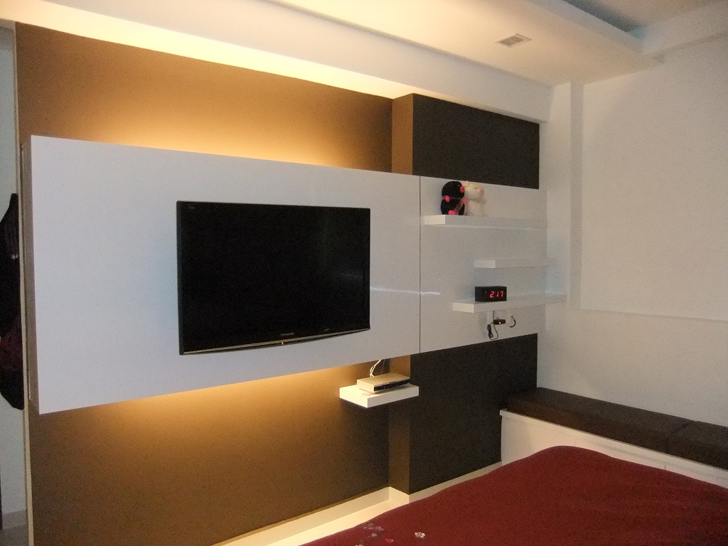 Wall Hung Tv Console